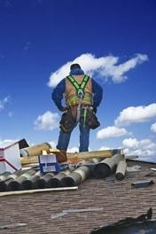 installing-metal-roofing-in